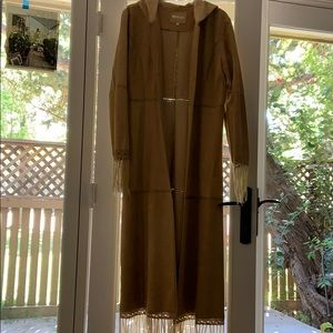 Mertillo Tan suede trench coat. Size XL
